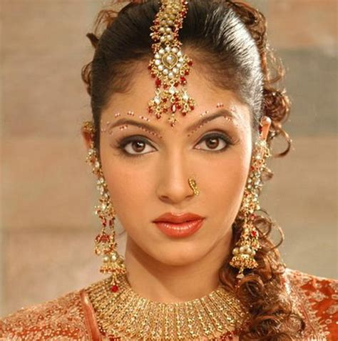 Indian Hairstyles Marriage | indian wedding hairstyles and bridal makeup topix