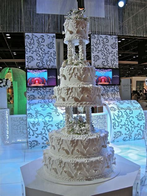 Wedding Cake   Dubai Chronicle
