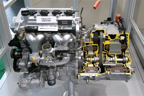 Toyota Engines File Toyota 1nz Fxe Engine 01 Jpg Wikimedia Commons
