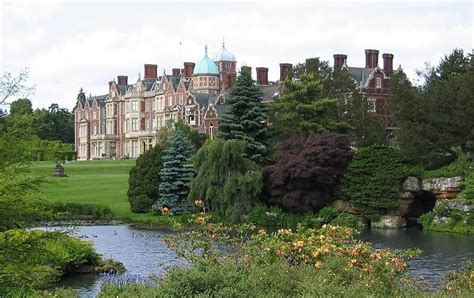 Home Of Queen Elizabeth | queen elizabeth ii house celebrity net worth