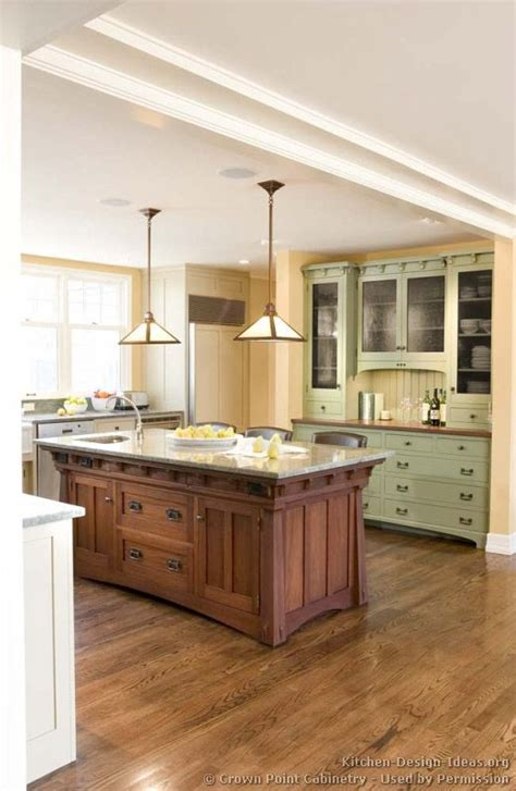 Mission Style Kitchen Island Best 25 Craftsman Style Kitchens Ideas On Pinterest Craftsman Style Craftsman Style Homes