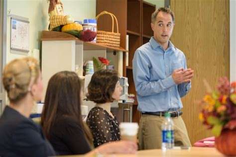 ud researchers study impact of working with early