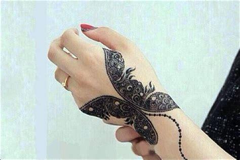butterfly mehndi designs 9 beautiful mehndi designs you