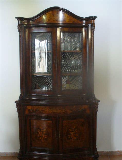 mobili in stile antico mobile antico o in stile come inserirlo in un contesto