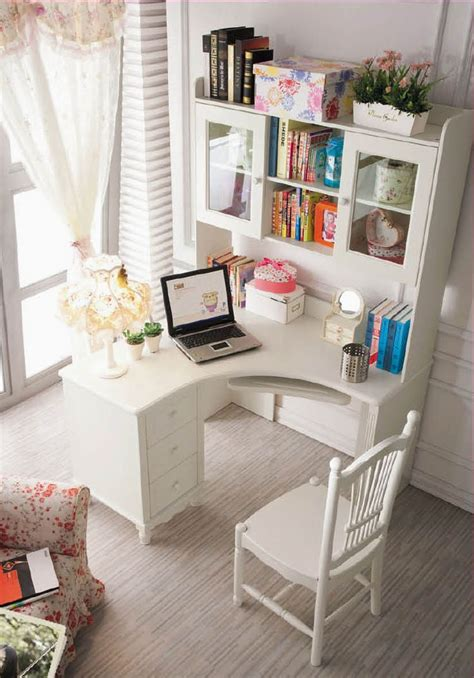 Small White Desks For Bedrooms 17 Best Ideas About Corner Desk On Office Makeover Spare Bedroom Ideas And Corner