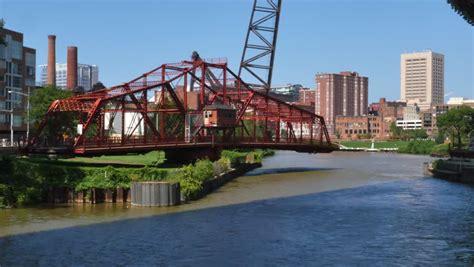 cleveland swings center street swing bridge in cleveland ohio allows