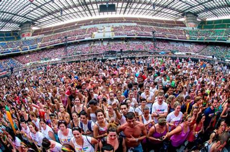 concerto vasco san siro concerti san siro 2014 il comune pensa a nuove deroghe