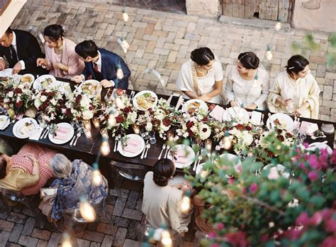 Wedding Reception Etiquette for Wedding Guests   Brides