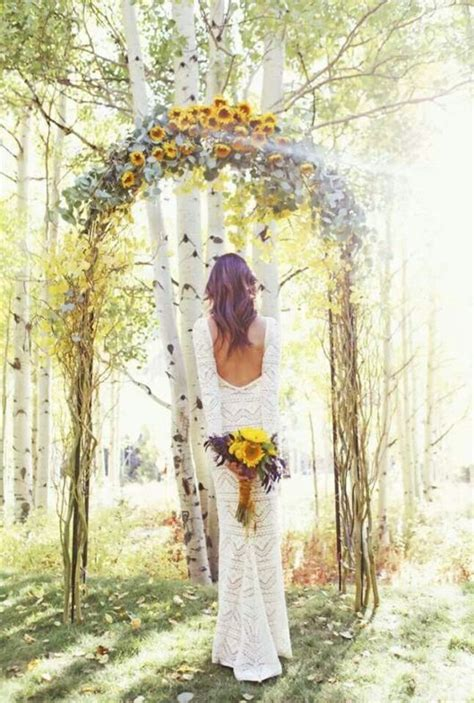 Wedding Arch With Sunflowers by Sunflower Wedding Bouquets Summer And Fall Weddings