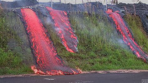 what s in a lava l le p g 233 ologue 1 les volcans l esprit sorcier