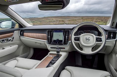 Volvo S90 Interior by Volvo S90 Saloon Review 2016 Parkers