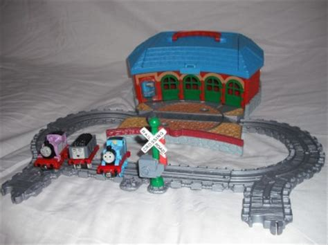 the tank engine take along n play tidmouth sheds ebay