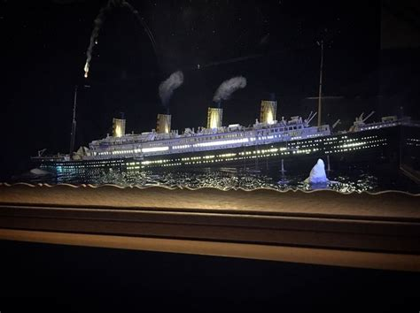 model boat sinking 16 best titanic 1 700 sinking diorama images on pinterest