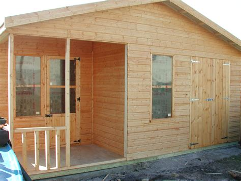 Summer House And Shed Combination by Awesome Summer House Shed Combined 24 Pictures Lentine