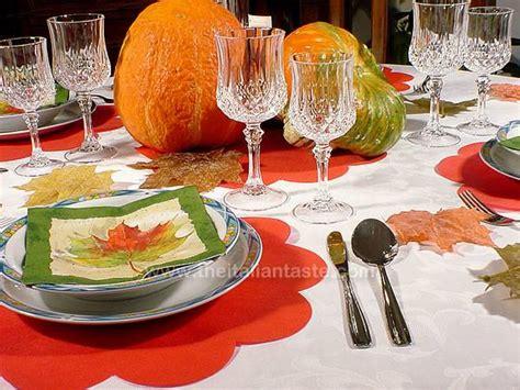 apparecchiare la tavola in autunno idea per apparecchiare e decorare la tavola con le zucche