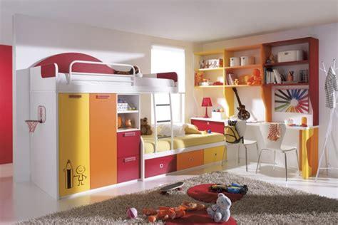 moderne farbige teppiche m 246 bel kinderzimmer 39 beispiele wie sie mit farbe