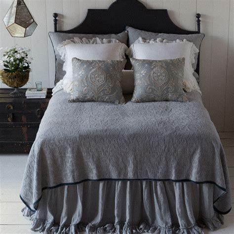 bella notte coverlet bella notte linens adele coverlet silk velvet trim