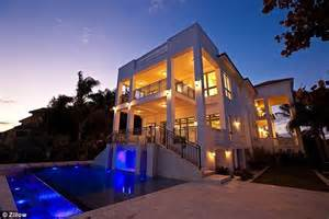 mansion fit for a player lebron six bedroom eight