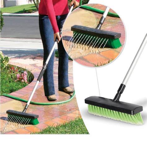 giochi di pulizia casa spazzolone 2 in 1 scopa telescopica con getto acqua per