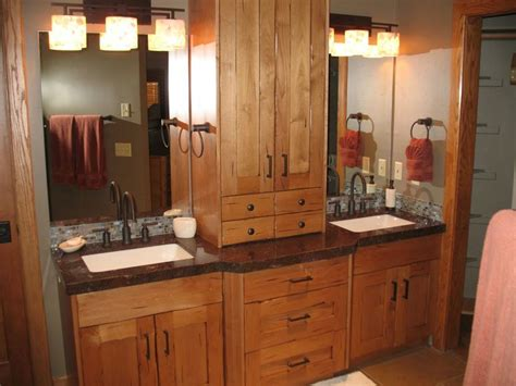 top 25 ideas about small bath remodels on