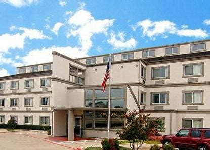 comfort inn dfw south comfort suites dfw airport south arlington deals see