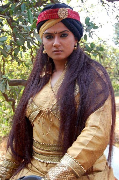 elizabeth biography in hindi kratika sengar in jhansi ki rani serial veethi i lov you