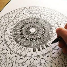 doodlebug nailz yin yang mandalas yin yang