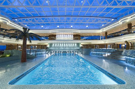 the five most stunning cruise ship swimming pools