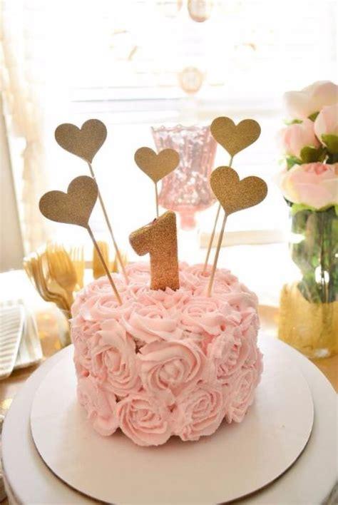 ultimate list  st birthday cake ideas baking smarter