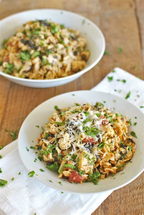 light chicken pasta recipes chobani light chicken pasta bake becky s best bites