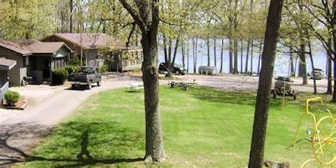 paddle boat rental lake shawnee kentucky lake marinas