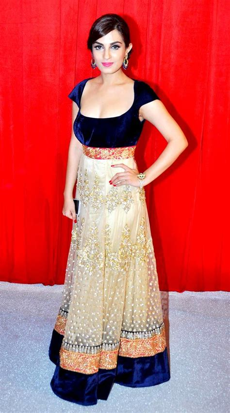 Shiny Fashion Tv Episode One Of The Style Council by Shiny Doshi At Parivaar Awards 2014 Style