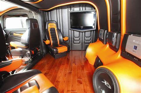 Custom Semi Truck Sleeper Interior by Custom Peterbilt Sleeper Interiors Displaying 20