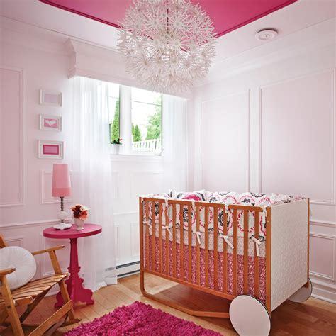 chambre bébé design decoration chambre bebe fille gris et