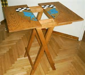 Diy Fold Table by Build Diy Small Wood Folding Table Plans Plans Wooden