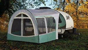 Travel Trailer Awning Screen Room Les Roulottes R Pod Horizon Lussier