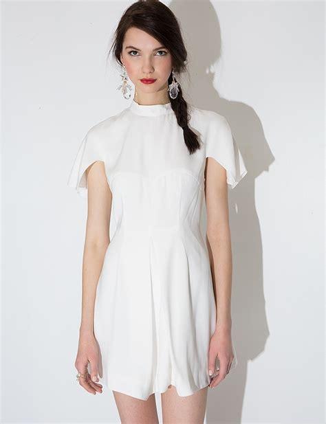 Dress Minimalis chic white dress white minimalist dress