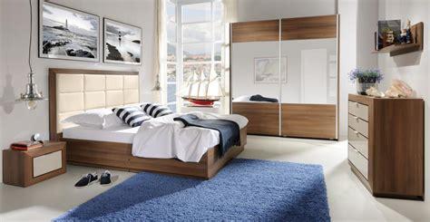 moderne einbauküchen schlafzimmer teppich farbe