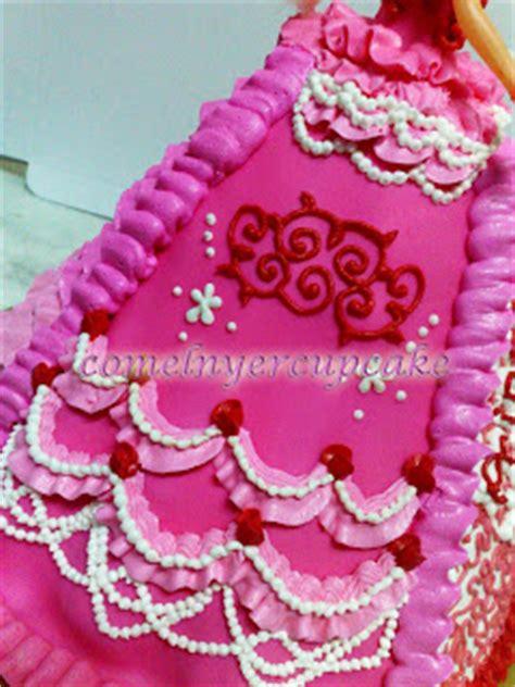 comelnyercupcake barbie doll cakes princess hannah comelnyercupcake barbie doll cakes princess hannah
