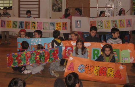 paseo de pancartas por el aniversario de educacion inicial modelos de pancartas imagui