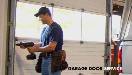 garage door squeaking doors