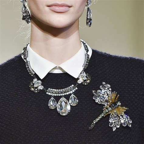 fashion jewelry trend 2015 2016 brooches trend fall 2015 popsugar fashion