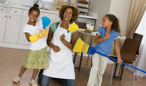 cleaning the house how to clean your house in 15 minutes a day housemaids