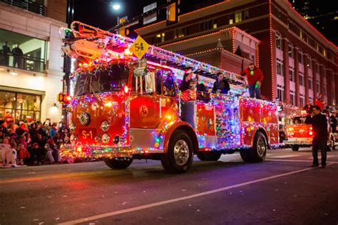 parade of lights 2017 fort worth xto energy parade of lights in fort worth set nov 19