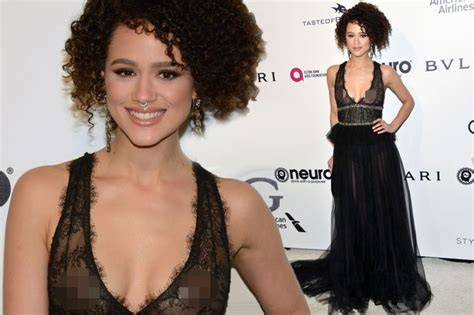 game of thrones actress emmanuel game of thrones star nathalie emmanuel flashes nipples at