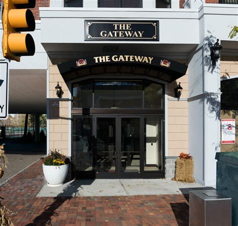 Gateway Plumbing by Jarmel Kizel Architects And Engineers