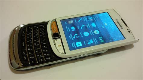 Baterai Blackberry Torch 2 blackberry torch 9810 oreo stormtrooper screen hack
