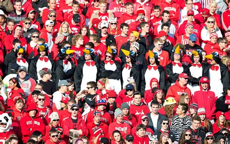 wisconsin student section wisconsin student sections in college football espn