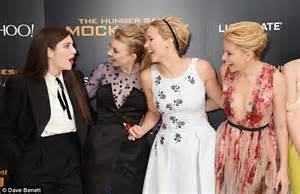 theme song hunger games lorde lorde gushes over jennifer lawrence revealing she fanned