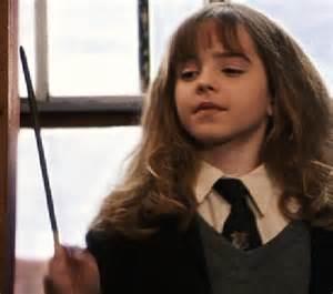 hermione granger in the 1st movoe hermione granger harry potter image 10378679 fanpop